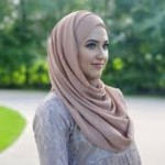 cute street style hijab for 2017